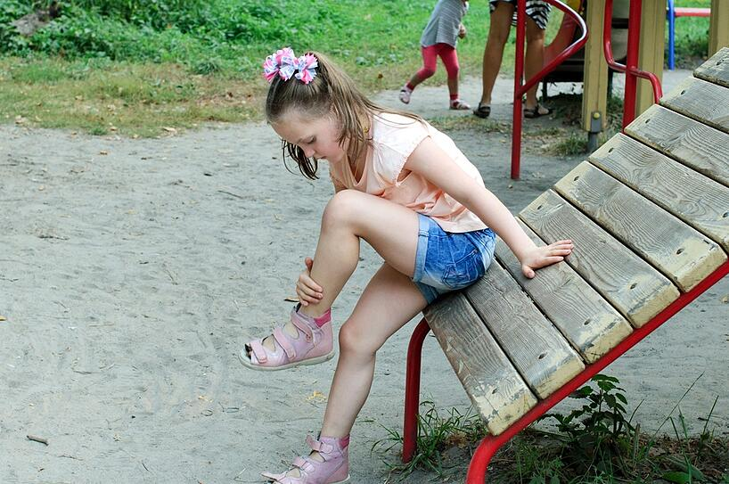 orthopedic emergency vs a bruise on the playground
